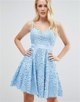 Lace Mini Prom Dress With Sweetheart Neck